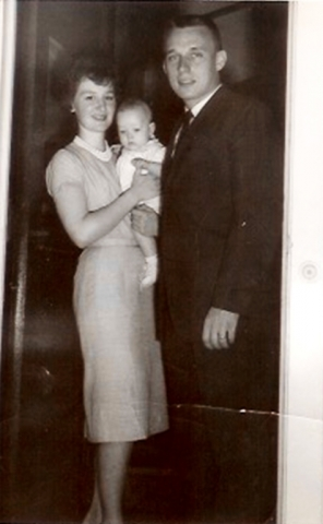 Martin and Elaine Schreiber with daughter